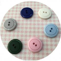 Botón Clasico de  de 2 Agujeros 15 mm (72 und)